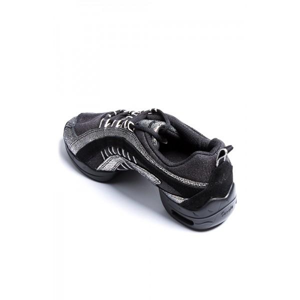 Skazz Electron, sneakery